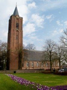 Zijaanzicht Oude Kerk Soest