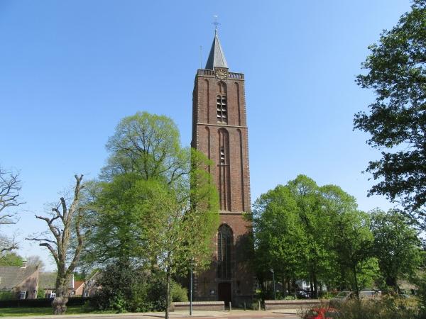 Vooraanzicht Oude Kerk Soest - lente 2019